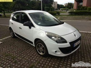 Polovni automobil - Renault Scenic authentique 1,6 16v - 1